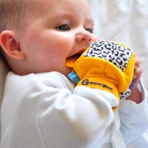 Concours #3 : gagnez la mitaine Gummee Glove de mitaine-dentition-bebe.fr